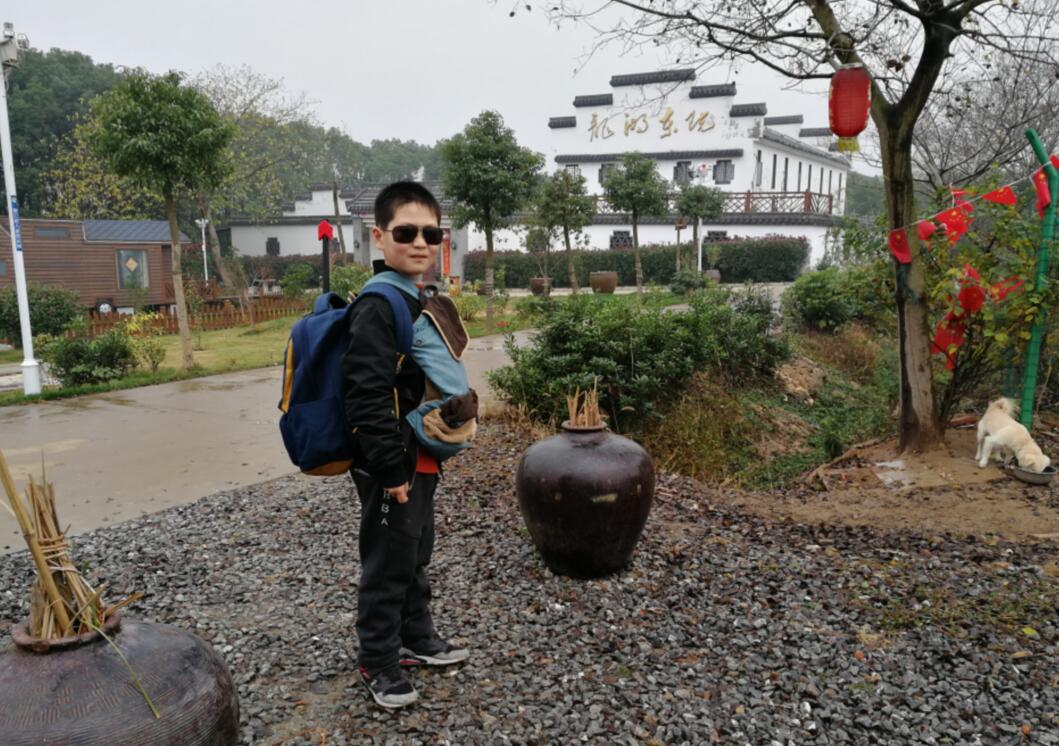 冬季伏热花海附近的龙湖东院特色民宿民宿农庄实景!